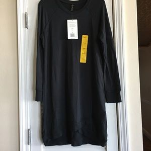 Active Life Long Tunic Top NWT Black SZ M